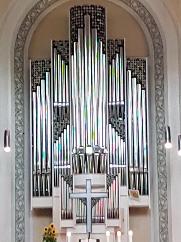 heintzs-orgel_in_der_evangelischen_stadtkirche_in_schiltach.jpg